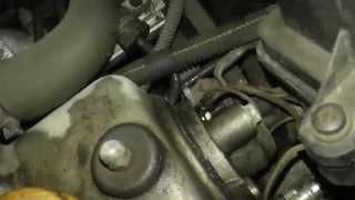 Течёт масло из под клапанной крышки(Способы решения)
