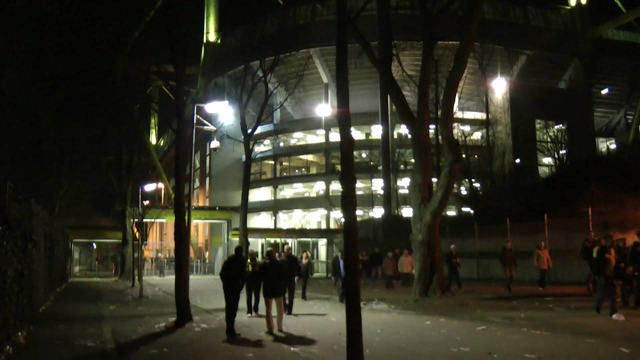 """""""Partymeile Westfalenstadion""""... Nach BVB vs Mainz 19.03.2011 Borussia Dortmund"""