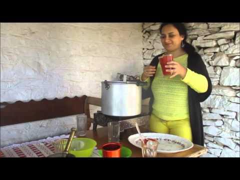 Κόκορας κοκκινιστός, μία συνταγή από την Απείρανθο της Νάξου