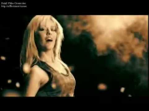 Demet Akalin - Dans Et [Orjinal Klip 2009 HQ]