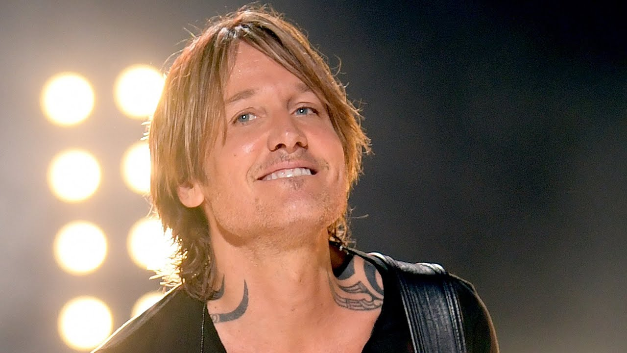 Keith Urban Is Hiding A Massive Chest Tattoo Youtube