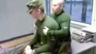 فنلندا - جنود فنلنديين يمارسون الرذيلة