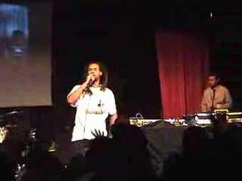 NomiS Performing