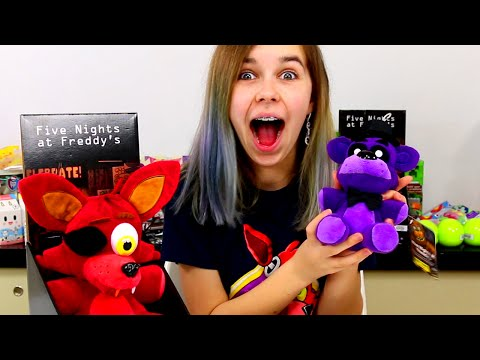 FIVE NIGHTS AT FREDDY'S PLUSHIES & FNAF SURPRISE BLIND BAG O