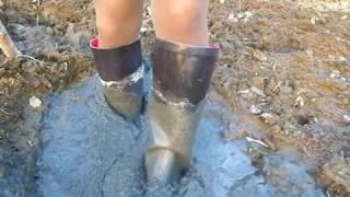 Rain boots Memory of 2013