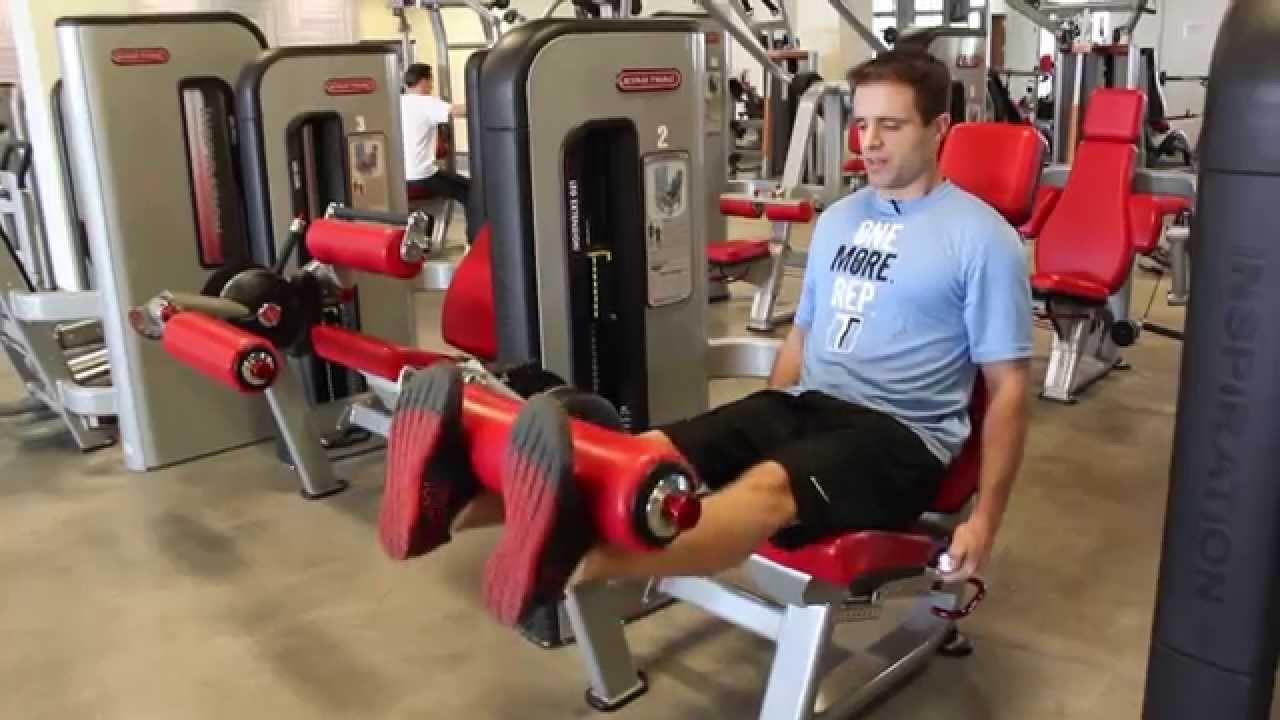 leg workout machine at