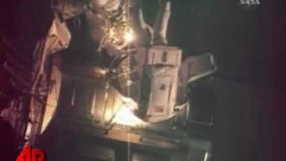 Raw Video: Astronauts Take Final Spacewalk