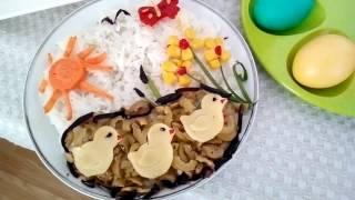 Идея как украсить салат для детского стола