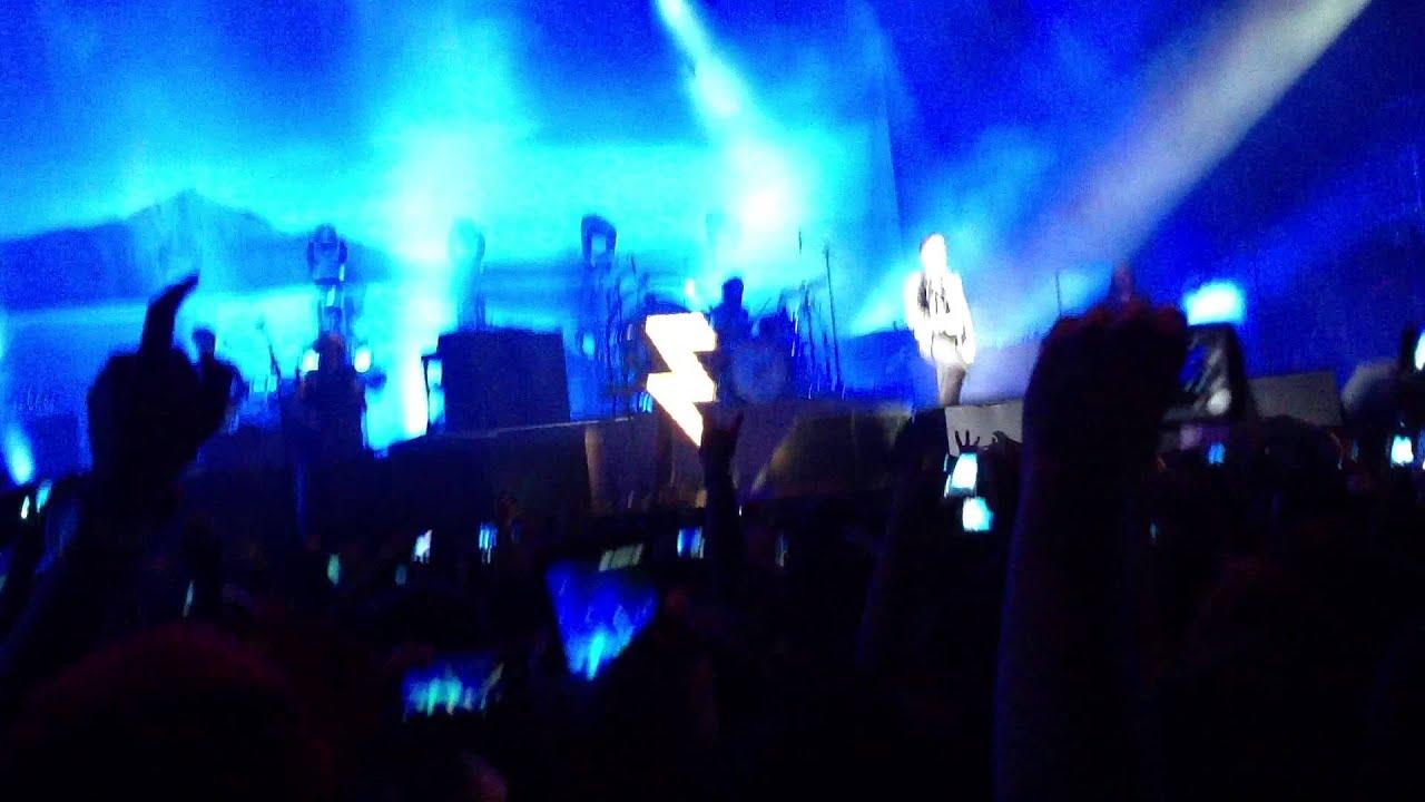The Killers - The Way It Was/Brandon Flowers hablando español  Live  Guadalajara 2013 HD