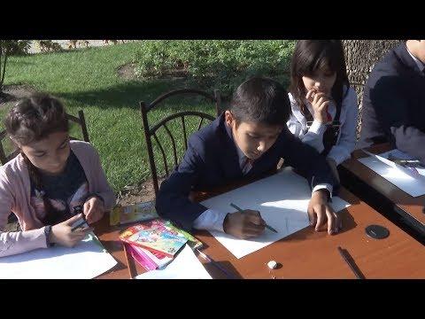 Юные художники Таджикистана повелевают стихией