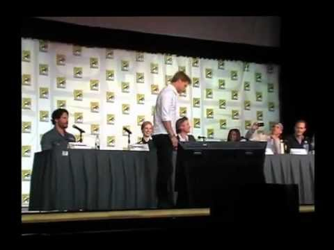 Ryan Kwanten's Walking Handstand During True Blood Panel SDCC 2012