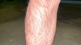 剛毛の足を綺麗に除毛するぞい!
