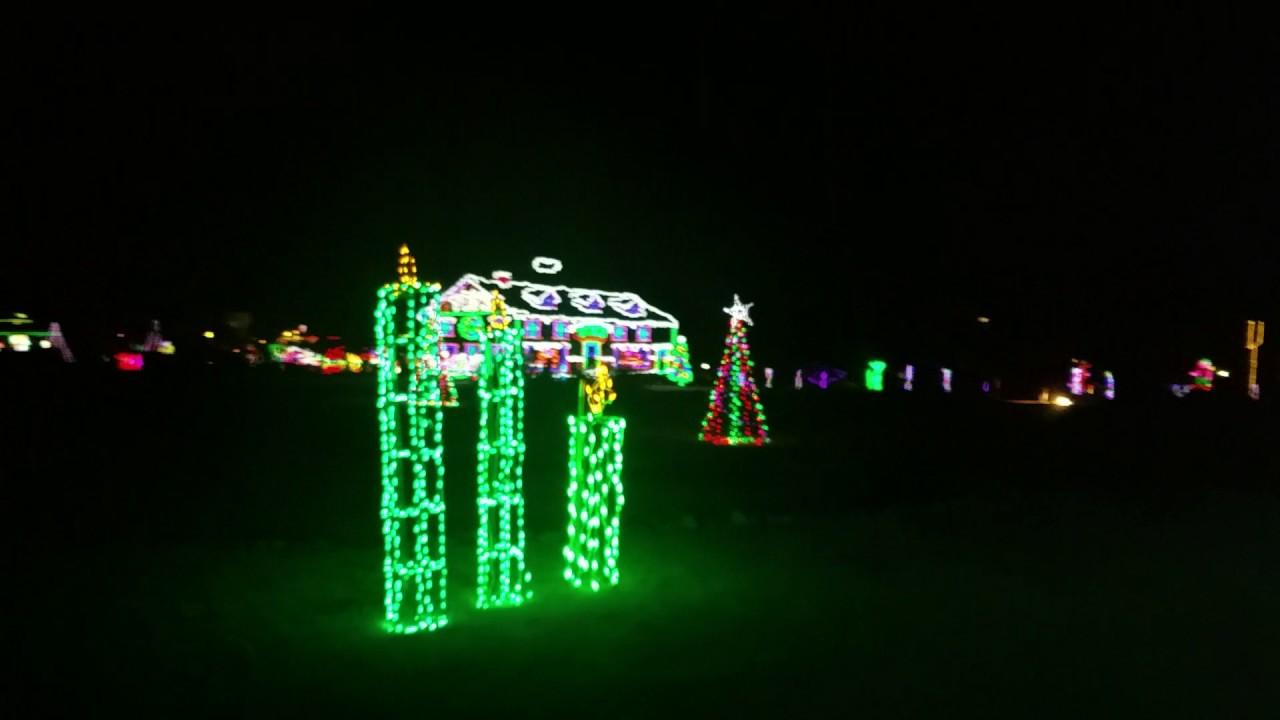 Yukon Oklahoma Christmas in the park train ride - YouTube