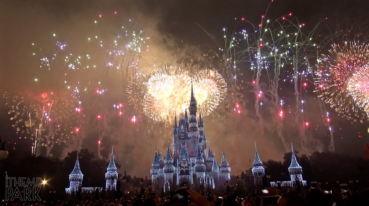 fantasy in the sky fireworks new year's fireworks show magic kingdom