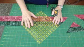 http://missouriquiltco.com - Jenny Doan demonstrates the magic of t...