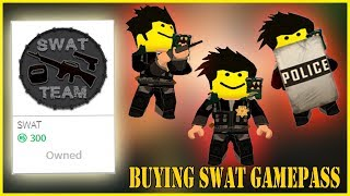 FIRST TIME BUYING AND TESTING THE SWAT GAMEPASS ON JAILBREAK!! | Roblox