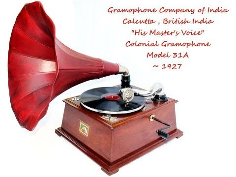 1927 His Master's Voice Colonial Gramophone Model 31A playing Chistmas Oratorio