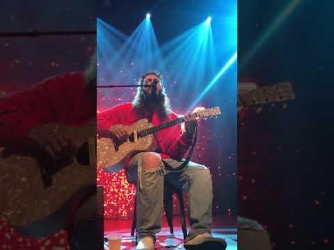 Post Malone - Feeling Whitney LIVE CENTER STAGE ATLANTA 10/31 STONEY TOUR