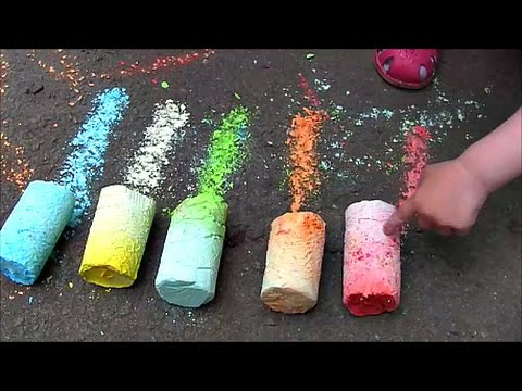 Делаем огромные разноцветные мелки дома We make a huge multi-colored crayons at home смотреть онлайн