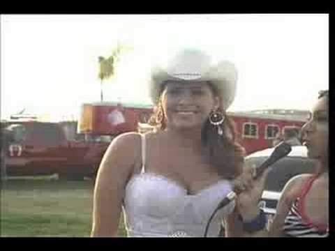 Carmen Jara is hot