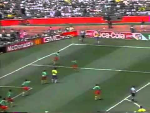 BRAZIL-CAMEROON 1 ROUND WORLD CUP 1994