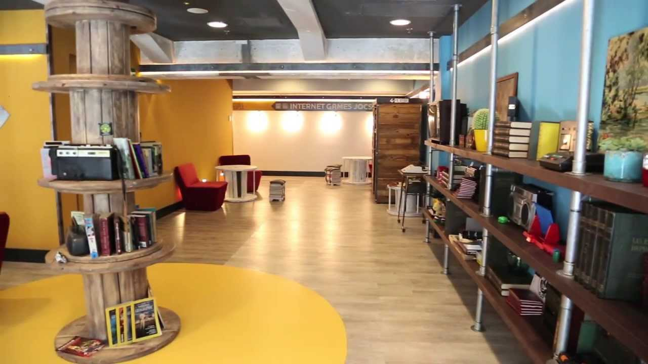 generator hostel barcelona youtube. Black Bedroom Furniture Sets. Home Design Ideas