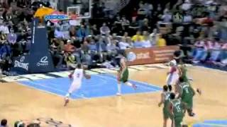 Jr smith one-handed monster dunk on the fastbreak against the bucks (dec.1. 2010)