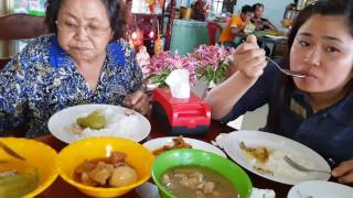 Lunch In Bavet At Camboidan Vietnamese Border - Journey To Ho Chi Minh