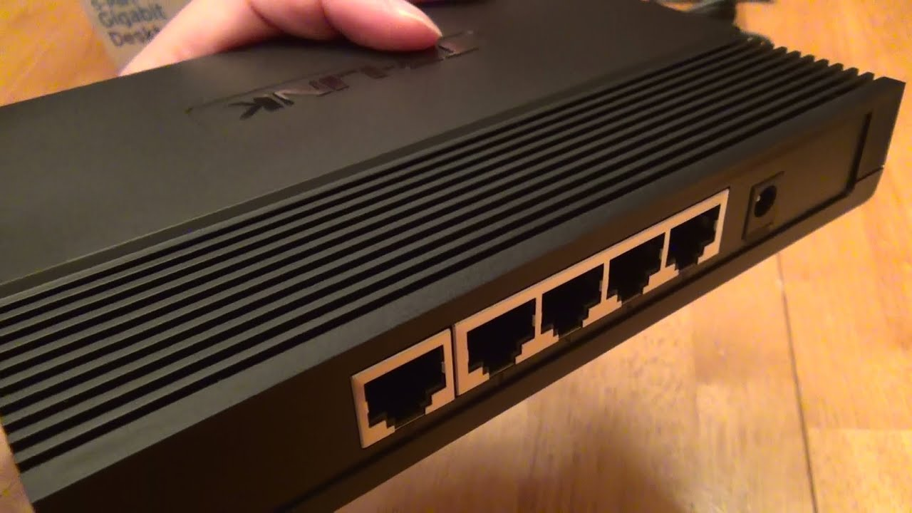 Tp Link 5 Port Gigabit Desktop Switch Tl Sg1005d Review Youtube 8 Sg1008d