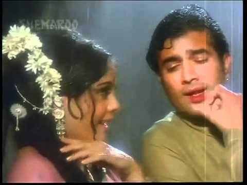 Kajra Lagaka Gajra Sajake - Apna Desh (1972)