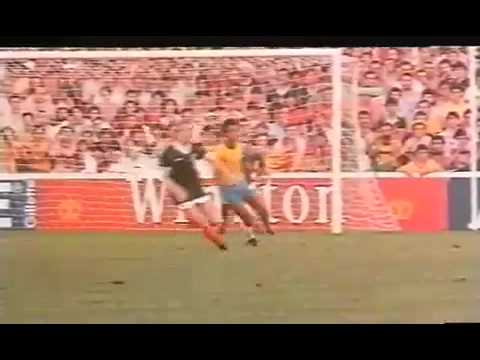 BRAZIL  SCOTLAND 1 ROUND WORLD CUP 1982