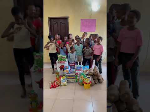 Yemi Alade Sent Us Food - Dream Catchers Academy Girls Sing and Thank Yemi Alade for donations.