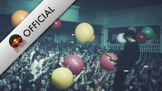 Twin Atlantic – Fall Into The Party (Official Video)