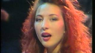 FUZZBOX -WALKING ON THIN ICE-THE DISNEY CLUB-1989