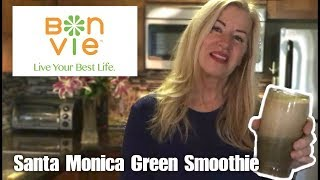 How to Make a Santa Monica Green Smoothie