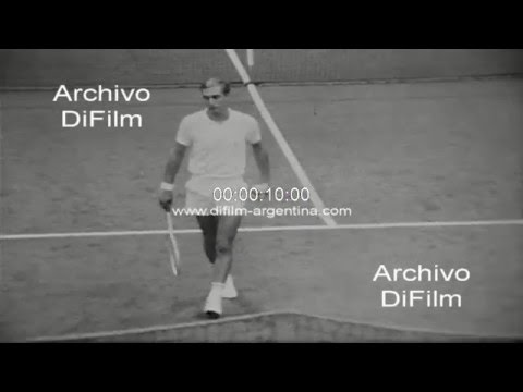DiFilm - Stan Smith vs Ismail El Shafei - National Indoor Tennis 1969