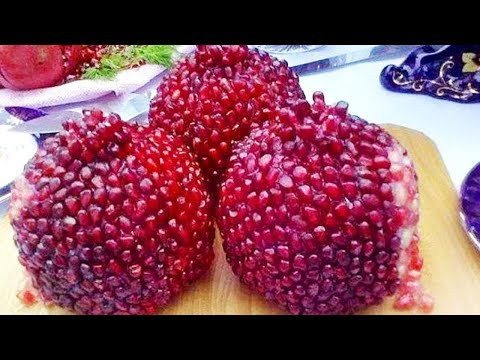 The Best way to cut and open a Pomegranate - in Just 1 Minute for Juice and Eating