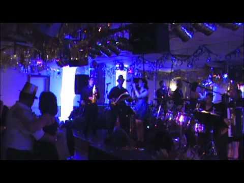 OS DIAS New Years 2011-2012 Portuguese Music