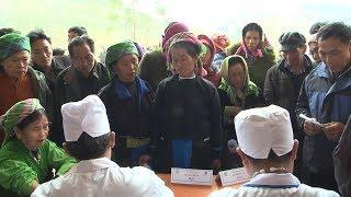 Tặng quà và khám bệnh miễn phí cho bà con dân tộc bị ảnh hưởng bão lũ tại Yên Bái