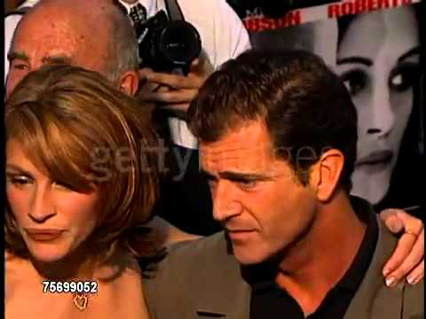 Julia Roberts & Mel Gibson at Conspiracy Theory Premiere