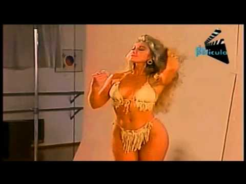 Felicia Mercado en Bikini