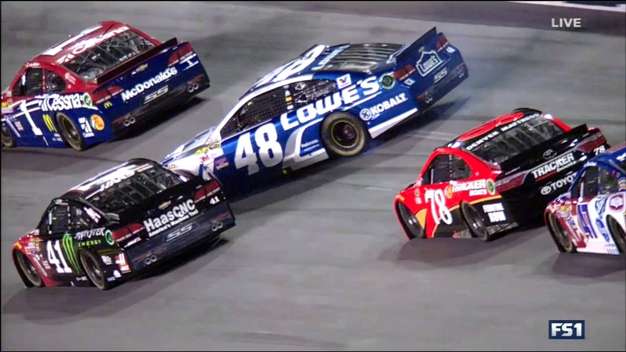 Nascar Crash at Daytona (Nascar Coke Zero 400 race in Daytona ...