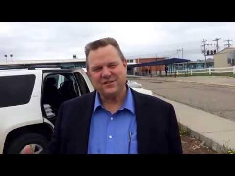 U.S. Sen. Jon Tester visits Busby School