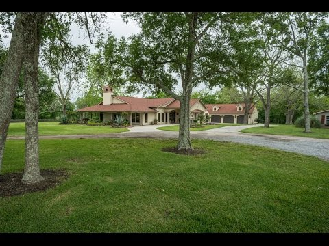 FOR SALE: Beautiful Mediterranean Ranch on the outskirts of Houston