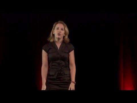A la frontière du business et des sciences | Anne-Laure Morel | TEDxRéunion