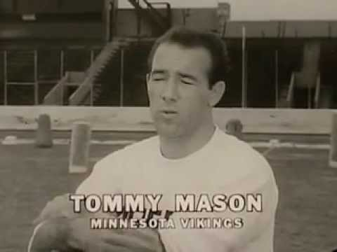 Vintage Old 1960's Personna Stainless Steel Razor Blades Commercial with  Vikings Tommy Mason