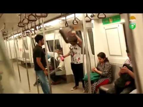 Lollypop lagelu in delhi metro best whatsapp video