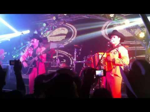 Los Tucanes de Tijuana Mi Tiendita en vivo