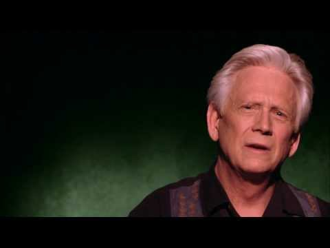 Celebrity Ghost Stories: Bruce Davison