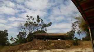 プレアヴィヒア寺院 (Preah Vihear Temple) へ続く道その1